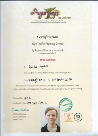yoga-teacher-certificare-colour